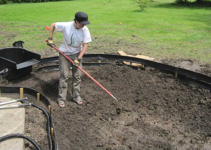 How to build a water garden - the pond dug out